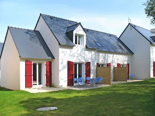 3 bedroom Apartment in Morgat, Brittany, France - 5642424