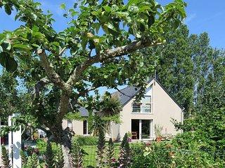 3 bedroom Villa in Lancieux, Brittany, France : ref 5436257