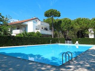 1 bedroom Apartment in Lignano Pineta, Friuli Venezia Giulia, Italy : ref 543448