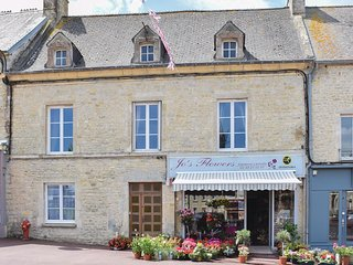 3 bedroom Villa in Sainte-Mere-Eglise, Normandy, France : ref 5547403