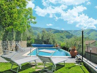 3 bedroom Villa in Poggio di Loro, Tuscany, Italy : ref 5651588