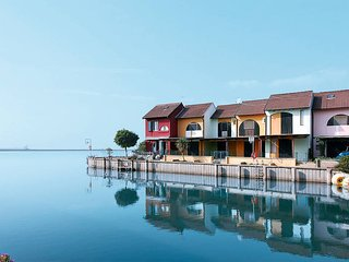 1 bedroom Villa in Isola Albarella, Veneto, Italy : ref 5444985