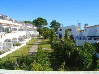 2 bedroom Villa in Vale do Lobo, Faro, Portugal : ref 5480131