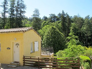 2 bedroom Apartment in Vals-les-Bains, Auvergne-Rhone-Alpes, France : ref 543510