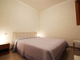 Isola Rossa Apartment Sleeps 6 - 5801783