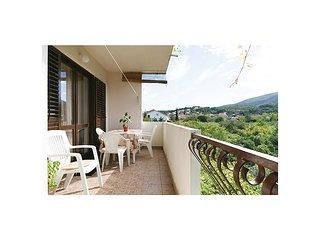 3 bedroom Apartment in Jelsa, Splitsko-Dalmatinska Županija, Croatia : ref 55434