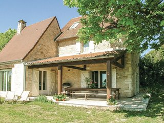 2 bedroom Villa in Les Farges, Nouvelle-Aquitaine, France : ref 5521901
