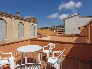 2 bedroom Apartment in Sant Feliu de Guíxols, Catalonia, Spain : ref 5548955