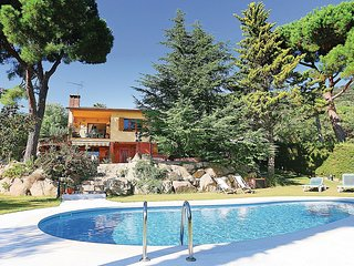 4 bedroom Apartment in Roca de Malvet, Catalonia, Spain : ref 5549822