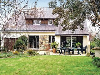 4 bedroom Villa in Lesquidic, Brittany, France - 5538945
