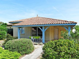 2 bedroom Villa in Moliets-et-Maa, Nouvelle-Aquitaine, France : ref 5650234