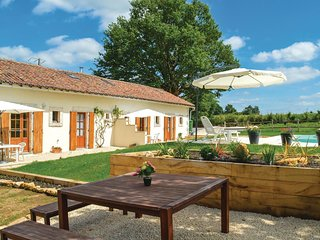 2 bedroom Villa in Asnois, Nouvelle-Aquitaine, France - 5675962