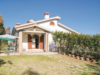 2 bedroom Villa in Pingrosso, Tuscany, Italy - 5574136