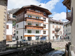 3 bedroom Apartment in Moena, Trentino-Alto Adige, Italy : ref 5683154