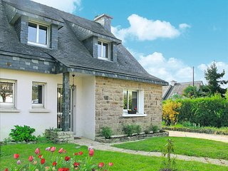 3 bedroom Villa in Sarzeau, Brittany, France : ref 5441399