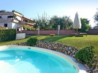 Contrada Capitolo Apartment Sleeps 8 with Pool and Free WiFi - 5650758