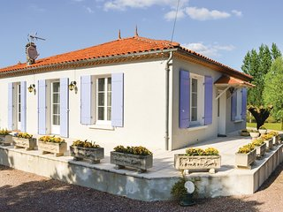 3 bedroom Villa in Bassillac, Nouvelle-Aquitaine, France : ref 5546159