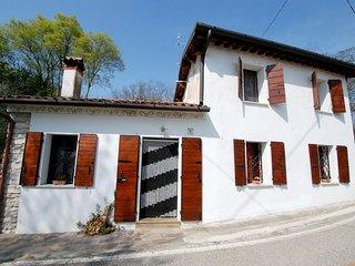 2 bedroom Villa in Castello di Godego, Veneto, Italy : ref 5557391