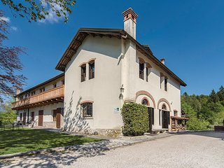 5 bedroom Villa in Colonia Climatica, Veneto, Italy : ref 5548451