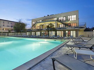 2 bedroom Apartment in Port Camargue, Occitania, France : ref 5642329