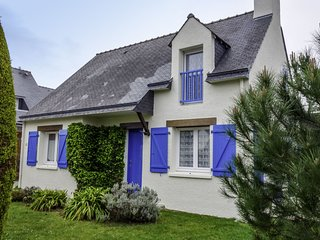 3 bedroom Villa in Quiberon, Brittany, France : ref 5559934