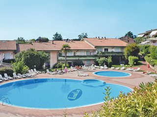 1 bedroom Apartment in Desenzano del Garda, Lombardy, Italy : ref 5656360