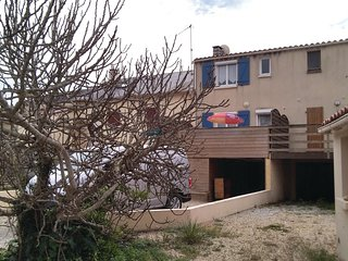 2 bedroom Villa in Longeville-sur-Mer, Pays de la Loire, France : ref 5637070