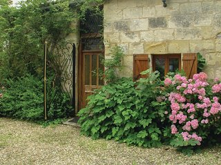 3 bedroom Villa in Saint-Front-de-Pradoux, Nouvelle-Aquitaine, France : ref 5521