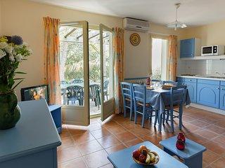 Maison de vacances rustique et lumineuse avec terrasse privee
