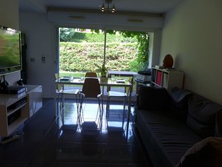 Anglet Apartment Sleeps 4 with Free WiFi - 5647076