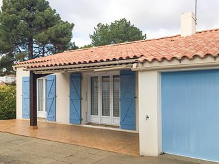 3 bedroom Villa in La Terriere, Pays de la Loire, France : ref 5552210