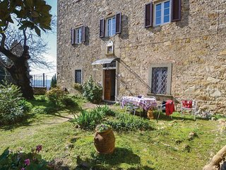 2 bedroom Villa in Montebenichi, Tuscany, Italy - 5535336