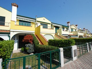 2 bedroom Apartment in Eraclea Mare, Veneto, Italy : ref 5516242