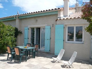 2 bedroom Villa in Gruissan-Plage, Occitania, France : ref 5513997