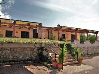 2 bedroom Villa in Itri, Latium, Italy - 5478412
