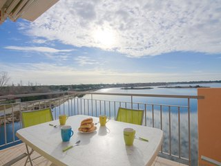 2 bedroom Apartment in Port Camargue, Occitania, France : ref 5050248
