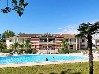 2 bedroom Apartment in Soulac-sur-Mer, Nouvelle-Aquitaine, France : ref 5435059