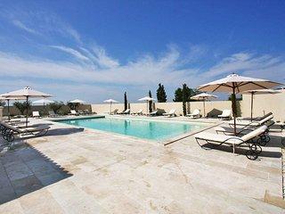 2 bedroom Apartment in Aureille, Provence-Alpes-Cote d'Azur, France : ref 565020