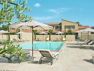 2 bedroom Apartment in Aureille, Provence-Alpes-Cote d'Azur, France : ref 565020