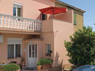2 bedroom Villa in Grljevac, Splitsko-Dalmatinska Zupanija, Croatia : ref 556339