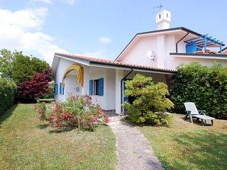 2 bedroom Villa in Isola Albarella, Veneto, Italy : ref 5656463