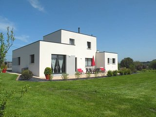 3 bedroom Villa in Trévou-Tréguignec, Brittany, France : ref 5436358