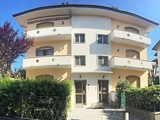 2 bedroom Apartment in Lido di Camaiore, Tuscany, Italy : ref 5557600