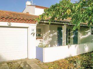 2 bedroom Villa in La Terriere, Pays de la Loire, France : ref 5550083