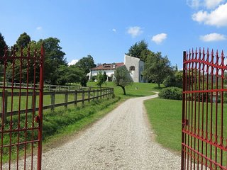 5 bedroom Villa in Montano, Piedmont, Italy : ref 5480676