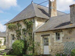 2 bedroom Villa in Le Breil-sur-Mérize, Pays de la Loire, France : ref 5541023