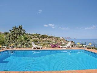1 bedroom Villa in Mandra Capreria, Sicily, Italy : ref 5571475