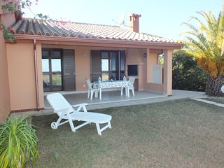 2 bedroom Villa with Air Con and Walk to Beach & Shops - 5636680
