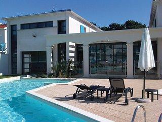 Appartement cosy, idéal pour explorer la région | A 700m de la plage
