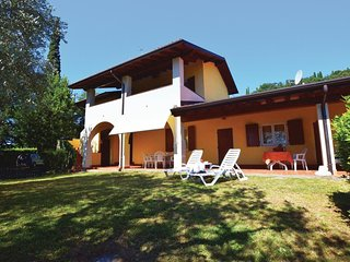 2 bedroom Apartment in Pieve Vecchia, Lombardy, Italy : ref 5541030